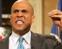 Dem Sen Cory Booker Brags He'll Start Office to Fight USA White Supremacy if Elected POTUS